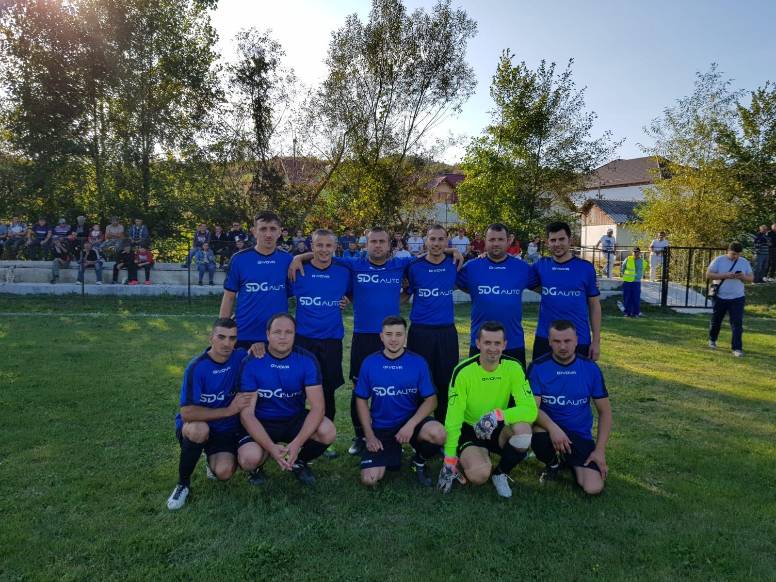 Echipa fotbal Unirea Rosia Sponsor SDG Auto Oradea